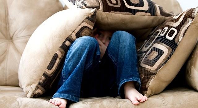 Entwicklungstrauma: Folgen von emotionalen Wunden in der Kindheit