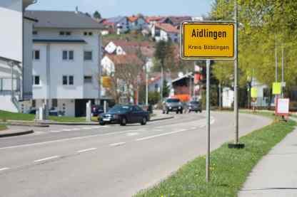 1500 Aidlingen-Ortsschild