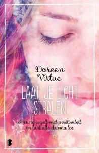 Afbeelding cover laat je licht stralen Doreen Vitue over moeilijke relaties en hoe daarmee om te gaan. coaching Den Haag.