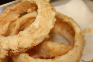 best onion rings in pensacola
