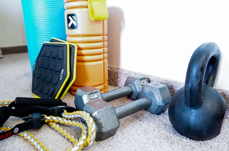 The complete guide to start your own home gym and exercise at home | exercising at home | exercise at home and build your own living room gym