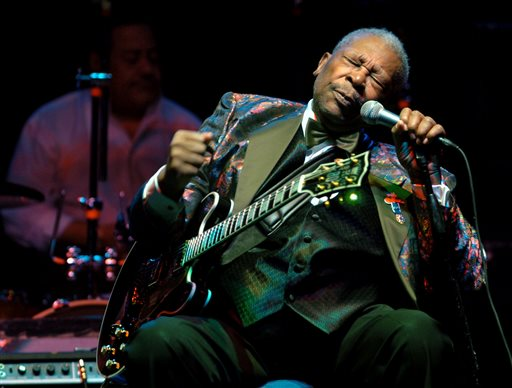 FILE - In this Feb. 16, 2007 file photo, B.B. King performs at the Wicomico Youth and Civic Center, in Salisbury, Md.  The body of blues legend B.B. King  will be flown on Wednesday, May 20, 2015, to Memphis, Tennessee, the place where a young King won the nickname Beale Street Blues Boy, then will return to the Mississippi Delta where his life and career began. King, whose scorching guitar licks and heartfelt vocals made him the idol of generations of musicians and fans while earning him the nickname King of the Blues, died Thursday, May 14, at home in Las Vegas. He was 89.(Matthew S. Gunby/The Daily Times via AP) NO SALES