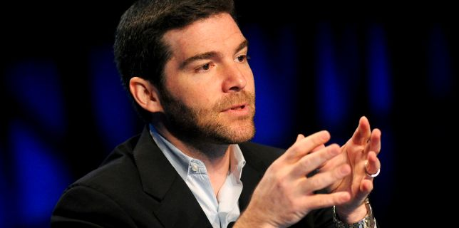 LinkedIn's CEO Is Donating His $14 Million Stock Bonus Employees