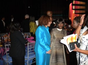 Iqua Colson, Cicely Tyson, Laura Trimmings - backstage at the end of the Cicely L. Tyson School opening October 2009