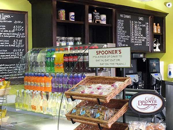 Spooner's Grill, Café & Bar