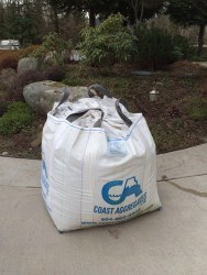 top soil delivery, garden soil delivery, squamish, big bag delivery