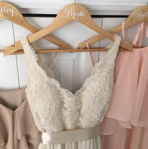 cricut-wedding-hangers-20