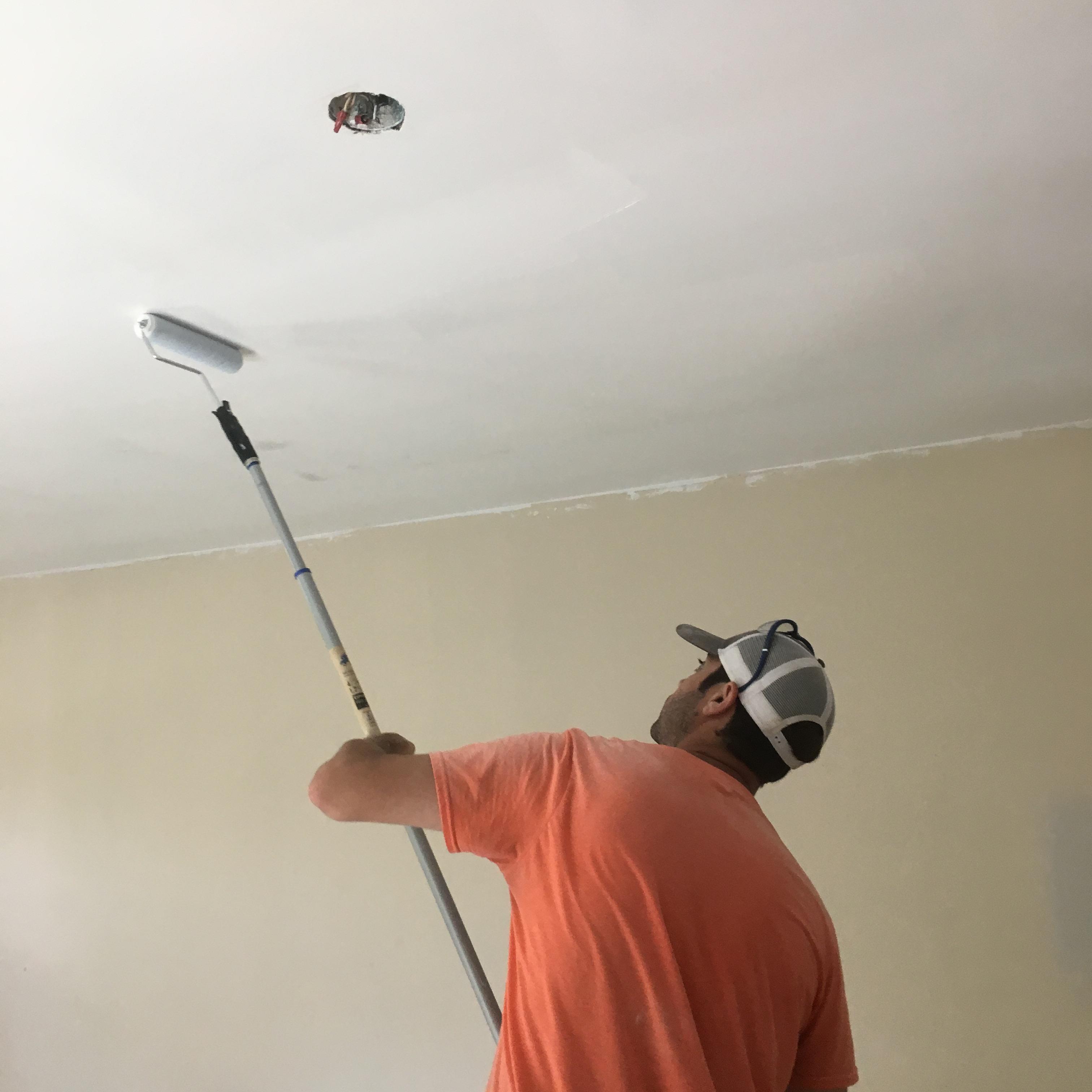 потолок из гипсокартона картинки покраска делиться этому критерию