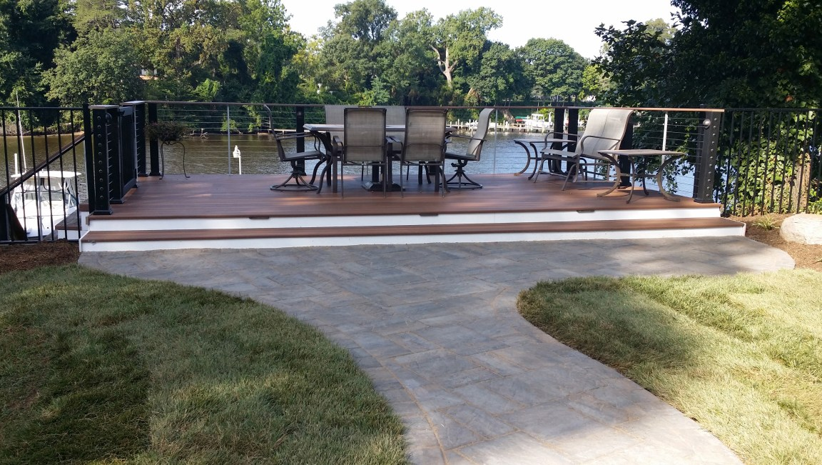 Coastal look patio deck