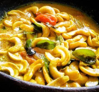 cashew chicken Sri Lankan style coconut 3