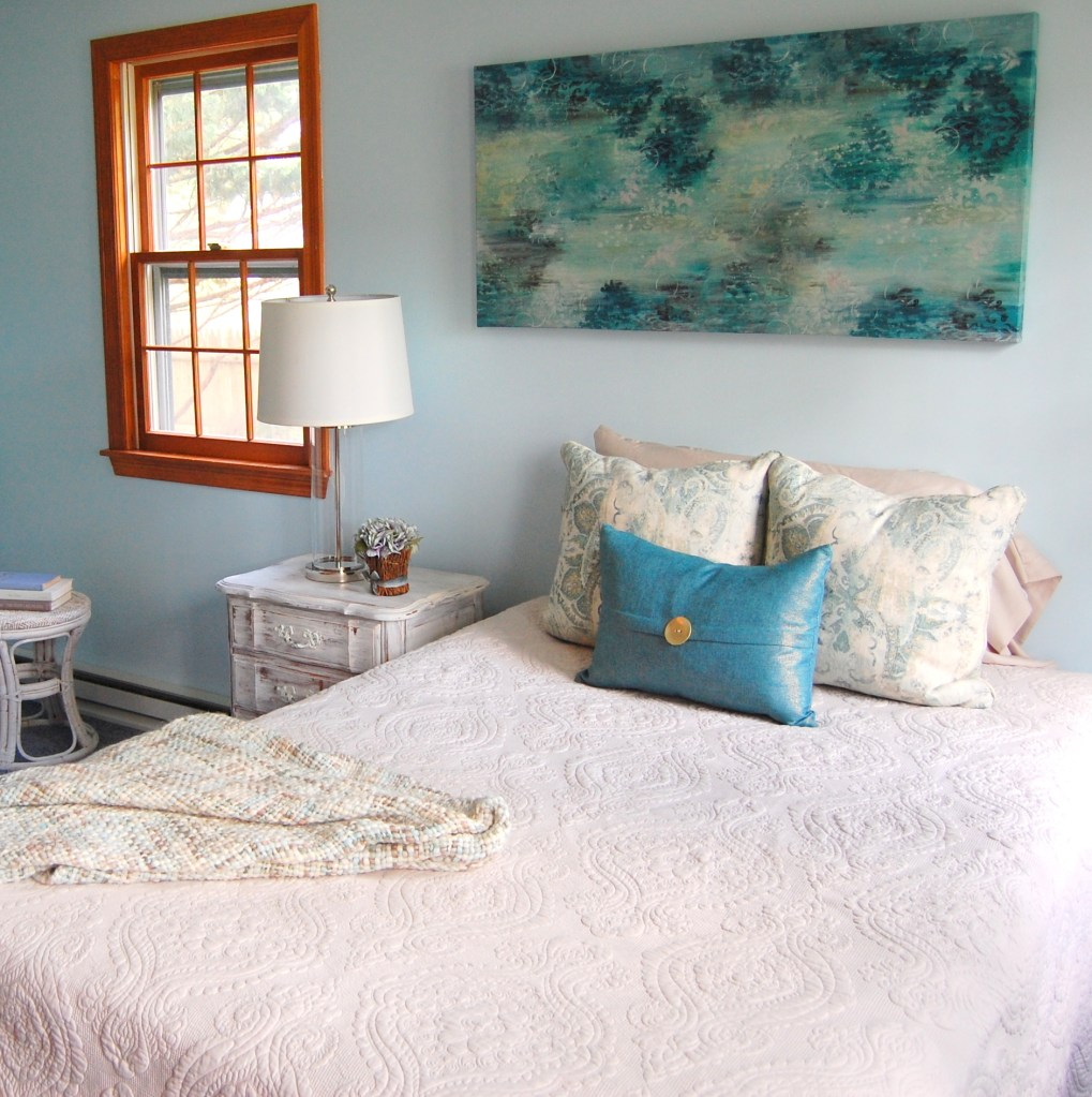 Cape Cod One Day Room Makeover