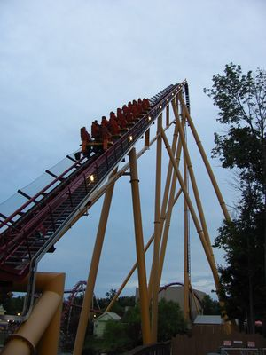 Chain lift - Coasterpedia - The Roller Coaster Wiki