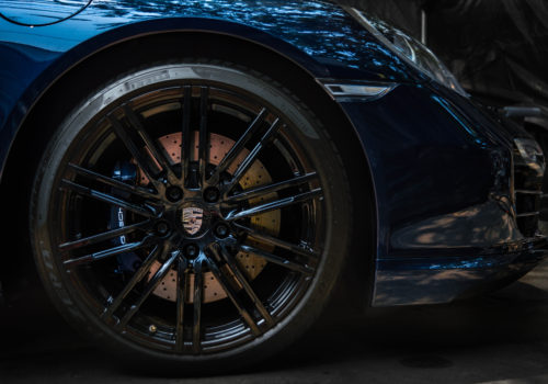 Porsche 911 w/ Custom Paint Matched Brake Caliper Service