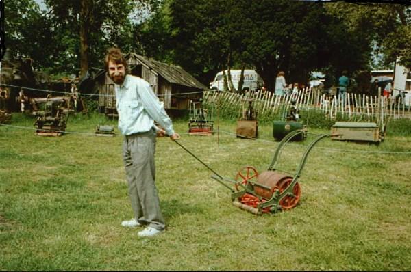 memilih gunting baja ringan bagaimana untuk pemotong rumput kediaman musim panas
