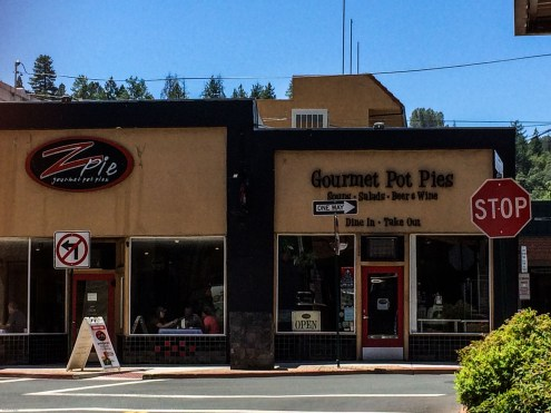Z Pie in Placerville. Dawn Page / CoastsideSlacking