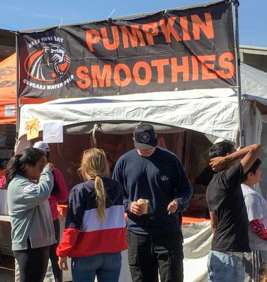 Plenty of food at the 2017 Half Moon Bay Pumpkin Festival. Dan Page / CoastsideSlacking