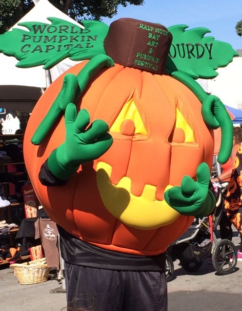 Pictures with Gourdy, the 2017 Half Moon Bay Pumpkin Festival Mascot. Dawn Page / CoastsideSlacking