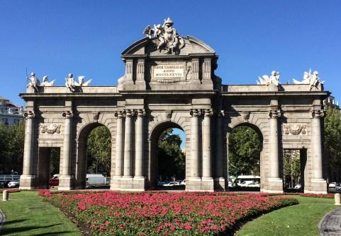 Puerta de Alcalá, Madrid, Spain. Dawn Page / CoastsideSlacking