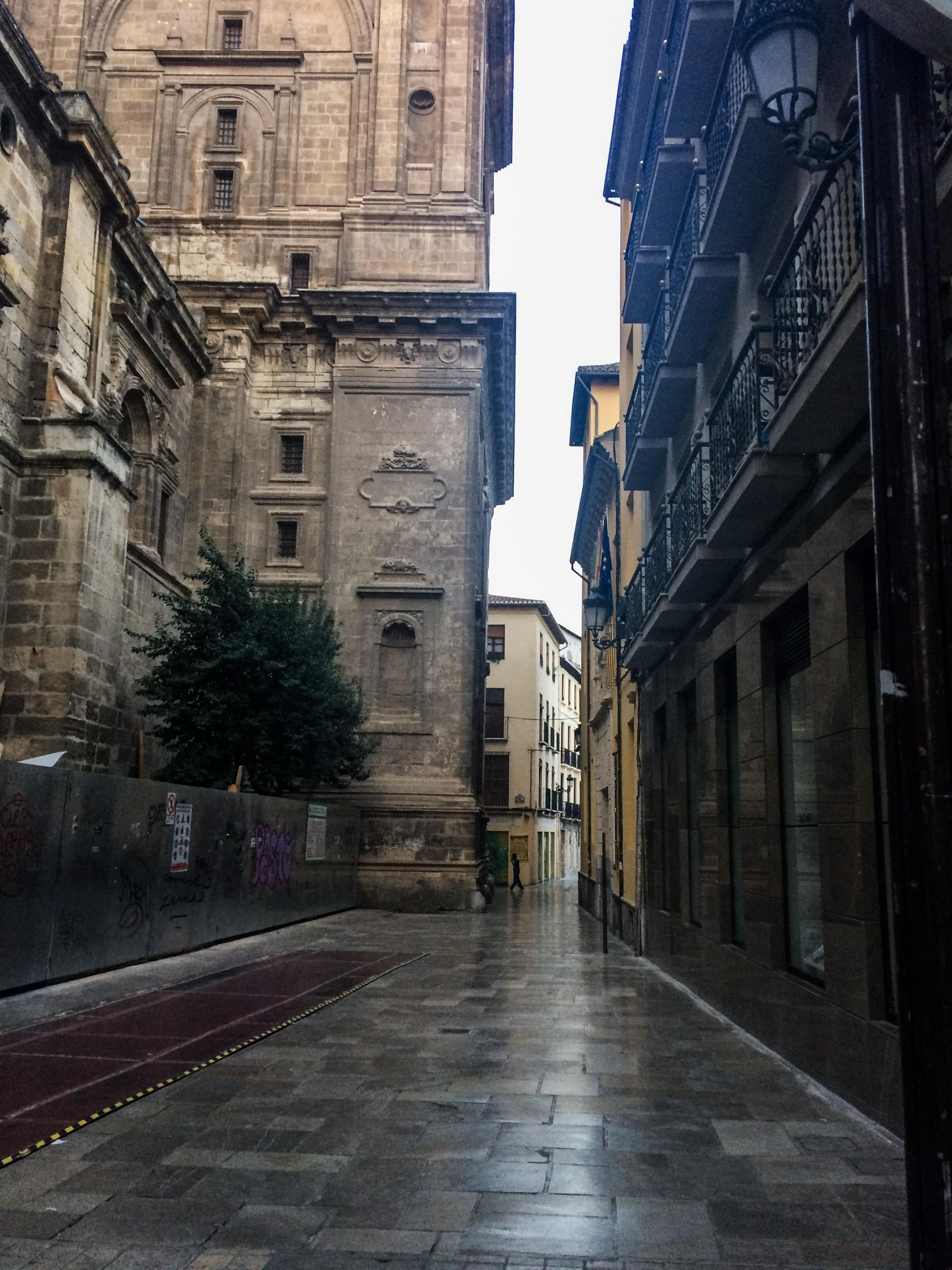 Quiet morning streets in Granada, Spain. Dawn Page / CoastsideSlacking