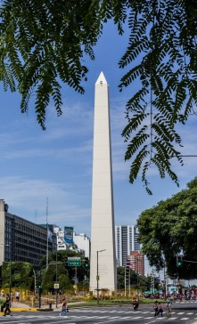 Plaza de la Republica Obelisco, Buenos Aries. Dawn Page/Coastside Slacking