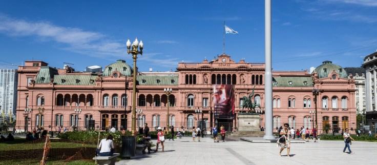 Presidential Palace, Plaza de Mayo, Buenos Aries. Dawn Page/CoastsideSlacking