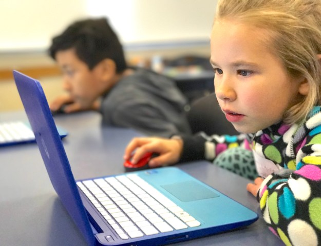 Girls can code - level up kids