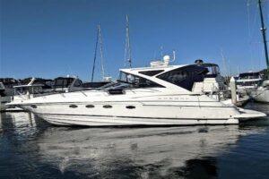 Regal 4460 Sport Yacht