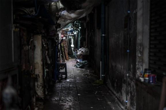 cobalt_state_bangkok_01_shadow_street
