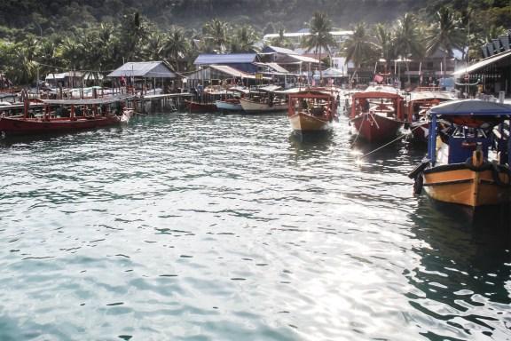 cobaltstate_cambodia_koh_rong_island_village_zoom