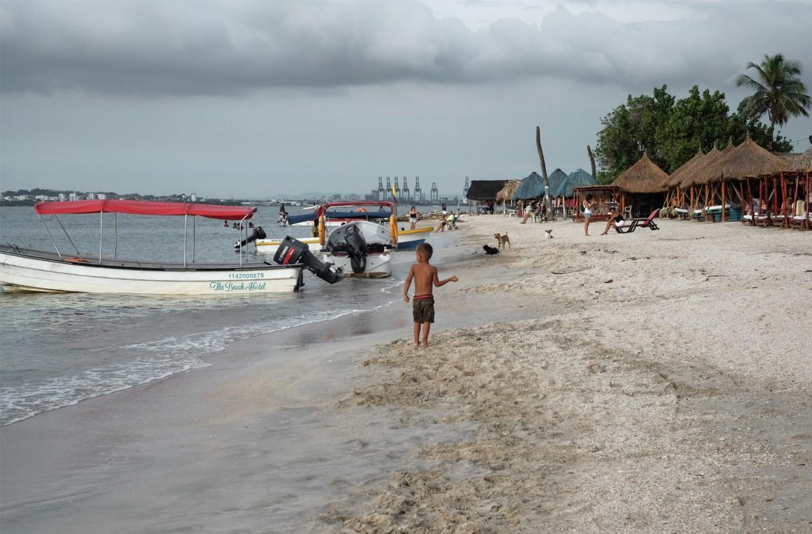 tierra bomba cartagena beach