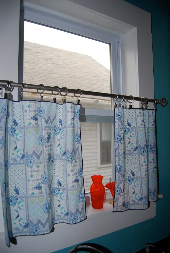 Quick Cobble Cloth Napkins to Cafe Curtains  The Cobbled