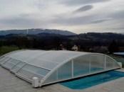 cubierta baja piscina motor.