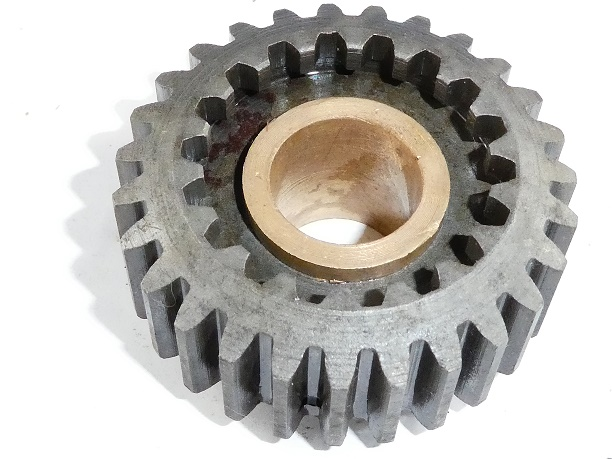 <strong><em>24-C-6  3rd gear Mainsgaft 27 Teeth. 16M. 16MS. 18. 18S. $40</em></strong>