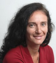 Amália Safatle, journalist and Editor-in-Chief of P22_ON, the magazine of the FGVces Center for Sustainability looks into the solutions that nature can provide to counter the threats caused by infrastructure overload and deforestation.
