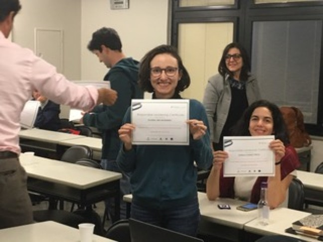 ESSEC Professor Stefan Gröschl hands out the CoBS responsible leadership certificates to a group of students at FGV-EAESP on the final day of his teaching and research week at our partner school in Sau Paulo, Brazil.