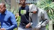 14. Detenido el atleta Oscar Pistorius por el asesinato de su novia (AP)