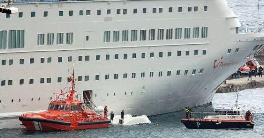 10. Cinco muertos en un simulacro en un crucero (Manuel González)