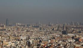 9. Barcelona, alerta por contaminación (Manés Espinosa)