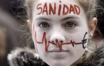 27. Se paraliza la privatización sanitaria en Madrid (AFP)