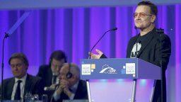 7. Bono defiende ante Europa el producto español