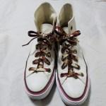 セリアの伸びる靴紐をハイカットに装着!色や長さを写真付でご報告!