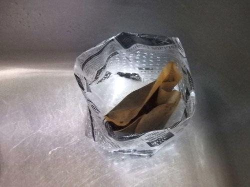 三角コーナー 代わり 水切りゴミ袋 100均