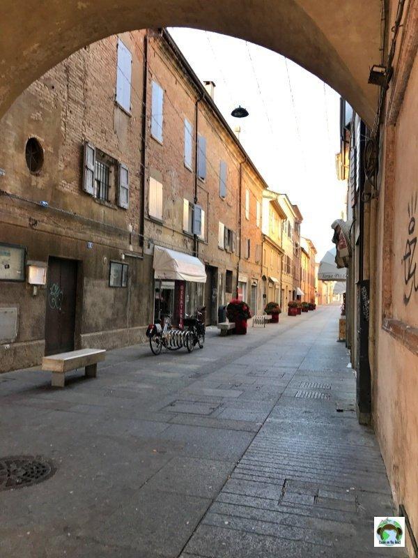 portici Carpi