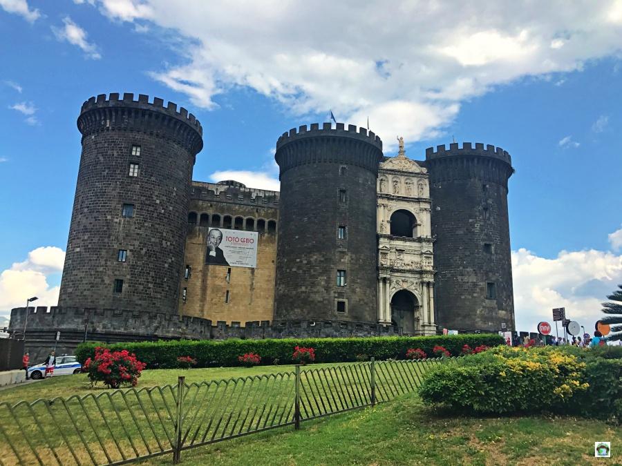 Cosa vedere a Napoli in 2 giorni Maschio Angioino