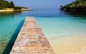 Ksamil Vacanze in Albania - Cocco on the road