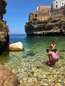 La spiaggia di Polignano - Cocco on the road