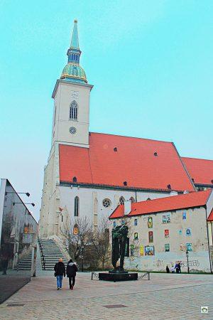 Bratislava cosa vedere Duomo di San Martino facciata esterna