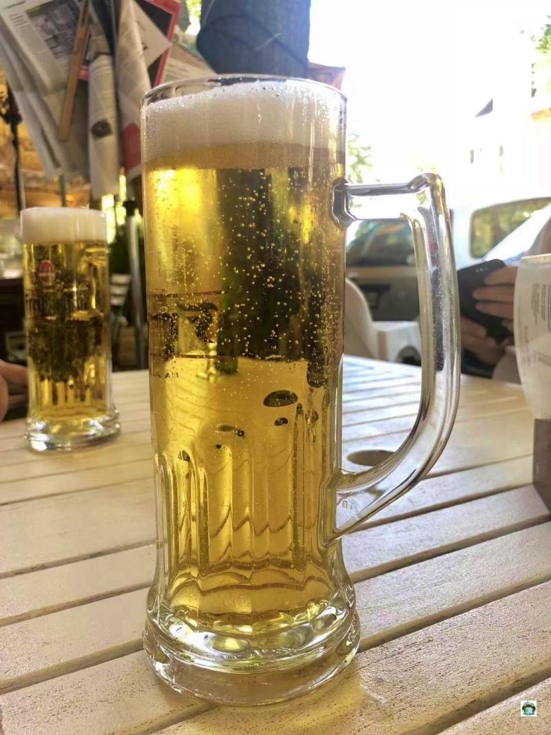 Bere birra a Berlino