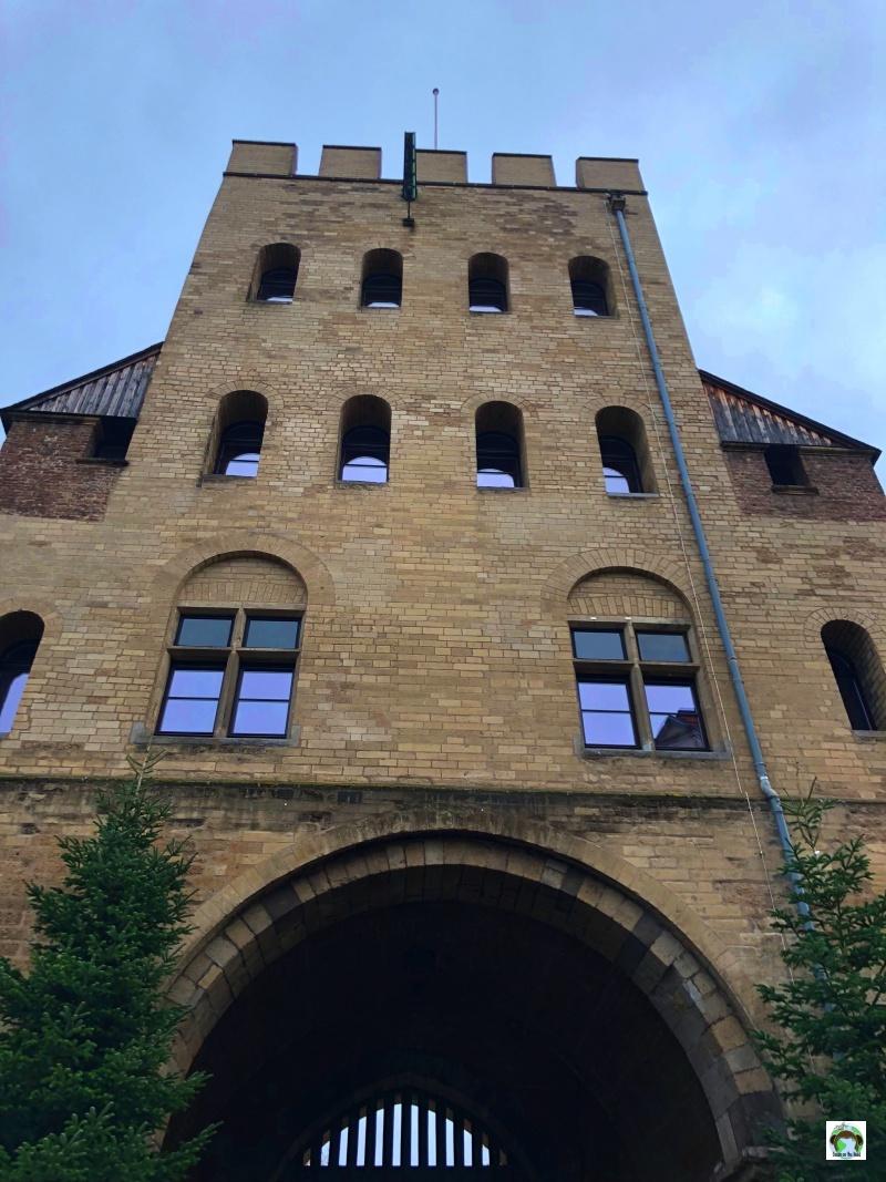 Colonia cosa vedere Severinstorburg porta antica