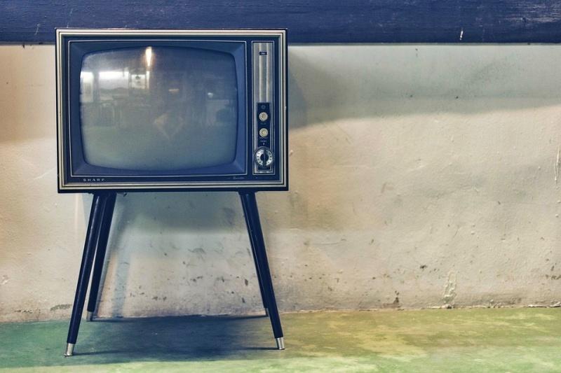 modello tv vintage soundbar